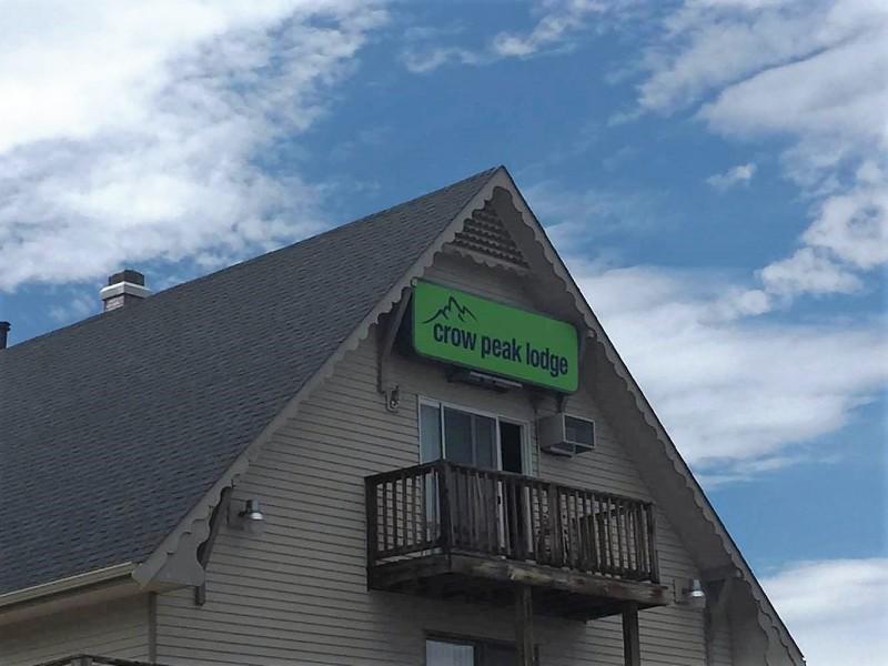 Crow Peak Lodge Motel Spearfish South Dakota Black Hills