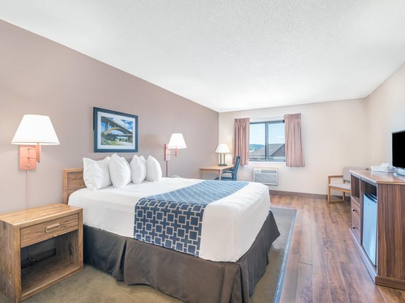 Days Inn Spearfish South Dakota Hotel Black Hills continental breakfast