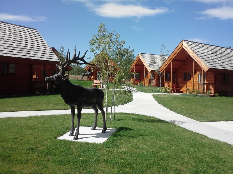 Elkhorn Ridge RV Resort Spearfish South Dakota Black Hills pool golf course family reunion wedding