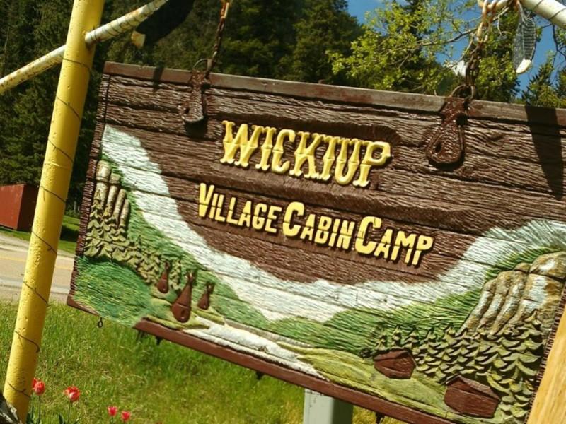Wickiup Cabins Spearfish Canyon Cheyenne Crossing Spearfish South Dakota Black Hills cabin fishing reunion